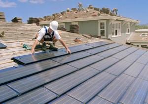 BIPV panel (Integrovaný do strechy)